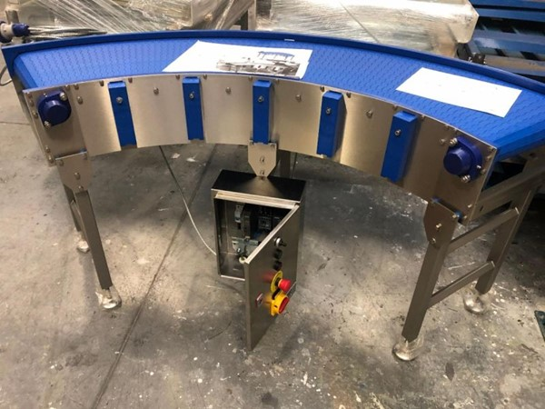 Compact Corner Belt Conveyors